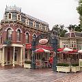 Corner Cafe Main Street Disneyland 02 by Thomas Woolworth