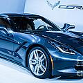 Corvette Stingray by Ronald Grogan