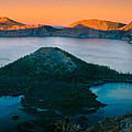 Crater Lake Sunset by Inge Johnsson