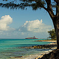 Cruise Bimini by Kevin Cable