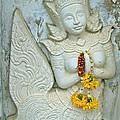Dancing Aspara At Temple Of The Dawn/wat Arun In Bangkok-thailan by Ruth Hager