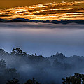 Daybreak Coming To The Smoky Mountains E150 by Wendell Franks