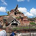 Disneyland Park Anaheim - 121218 by DC Photographer