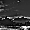 Dois Irmaos by Carlos Mac