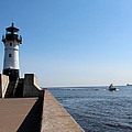 Duluth Harbor North Breakwater Lighthouse by George Jones