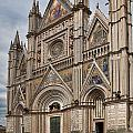 Duomo Orvieto Italy by Hugh Smith