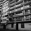 edificio general norambuena mutualidad de carabineros Santiago Chile by Joe Fox