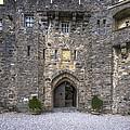 Eilean Donan Castle - 2 by Paul Cannon