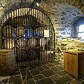 Eilean Donan Castle - 4 by Paul Cannon