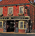 English Pub by Elvis Vaughn