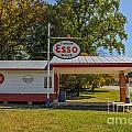 Esso Dealer by Dale Powell