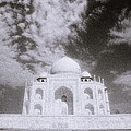 Ethereal Taj Mahal by Shaun Higson