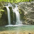 Falls Creek Falls by Robert Camp