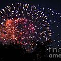 Fireworks 2014  3 by Wesley Farnsworth