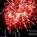 Fireworks Display At Niagara Falls by Lingfai Leung
