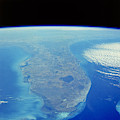 Florida Peninsula, Discovery Shuttle by Science Source