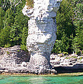 Flowerpot Island - Detail by Richard Andrews