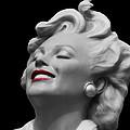 Forever Marilyn by Linda Dunn