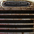 Freightliner Highway King by Daniel Hagerman
