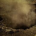 Fumarole by Eduardo Tavares
