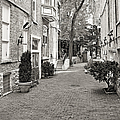 Gaslight Court Chicago Old Town by Christine Till