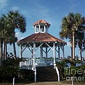 Gazebo by Michelle Powell