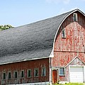 Glorious Barn by Marilyn Hunt