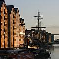 Gloucester Docks 2 by Andy Lloyd