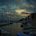 Glowing Aker Brygge by Dave Reed
