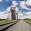Grain Elevator by Gord Horne