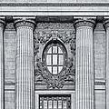 Grand Central Terminal Facade Bw by Susan Candelario
