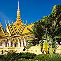 Grand Palace - Cambodia by Luciano Mortula