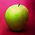Green Apple Whole 1 by Alexander Senin