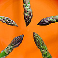 Green Asparagus - Fresh Food Photography by Alexander Voss
