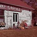Gus Klenke Garage by Chuck De La Rosa