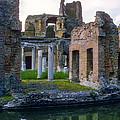 Hadrian's Villa by Bob Phillips