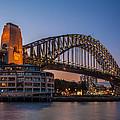 Harbour Bridge by Dasmin Niriella