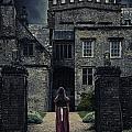 Haunted House by Joana Kruse