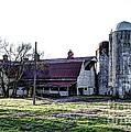 Highway 11 Barn by Paul Mashburn