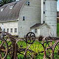 Historic Uniontown Washington Dairy Barn by Gary Whitton