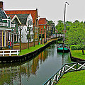 Homes Near The Dike In Enkhuizen-netherlands by Ruth Hager