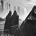 Honeymooners At Niagara Falls by Underwood Archives