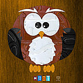 Hoot the Owl License Plate Art by Design Turnpike