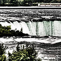 Horseshoe Falls by Michael Schwartzberg