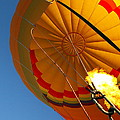 Hot Air Ballooning 2am-29241 by Andrew McInnes