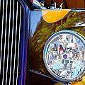 Hot Rod Show Car Light by Henrik Lehnerer