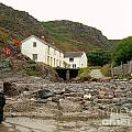 Houses At Kynance Cove by Lisa Byrne