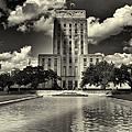 Houston City Hall by Joshua House