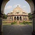 Humayuns Tomb, India by David Davis