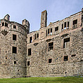 Huntly Castle - 3 by Paul Cannon